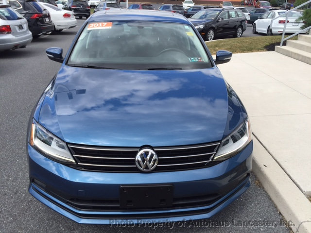 Pre-Owned 2017 Volkswagen Jetta 1.8T SEL Automatic