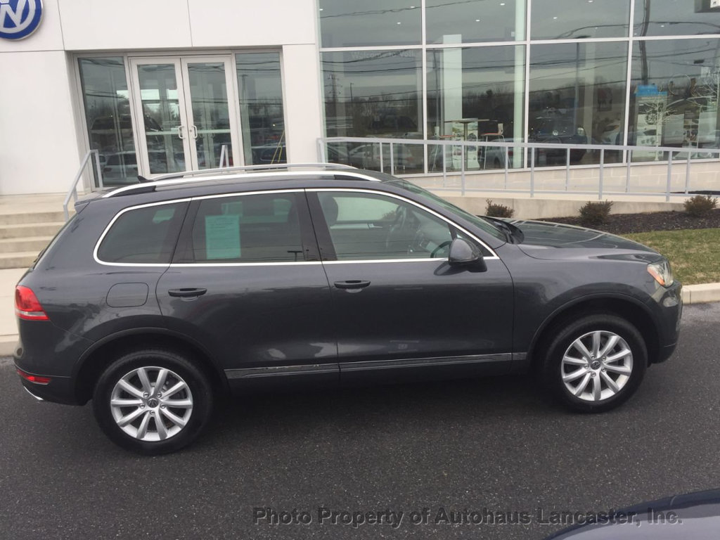 Pre-Owned 2011 Volkswagen Touareg 4dr TDI Sport