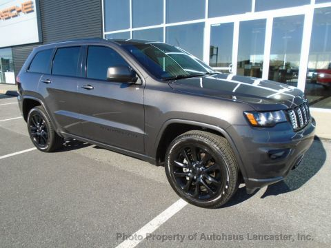 Pre-Owned 2017 Jeep Grand Cherokee Altitude 4x4