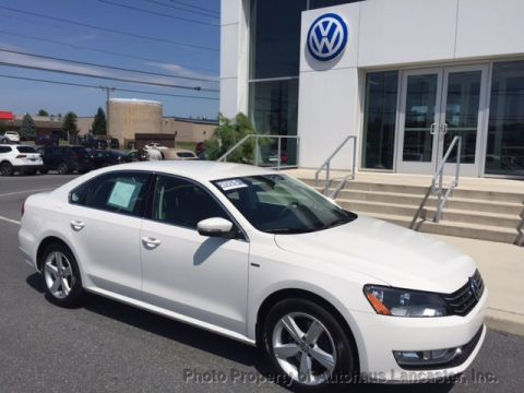 Pre-Owned 2015 Volkswagen Passat 4dr Sedan 1.8T Automatic Limited Edition