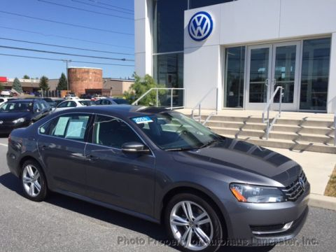 Pre-Owned 2014 Volkswagen Passat 4dr Sedan 2.0L DSG TDI SE w/Sunroof