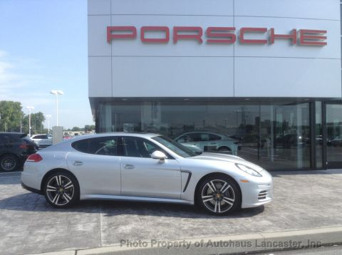 Pre-Owned 2016 Porsche Panamera 4dr Hatchback 4 Edition